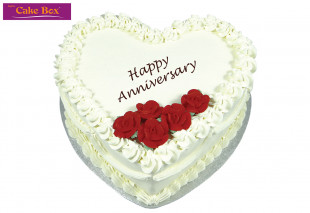Heart Cake Red Flowers
