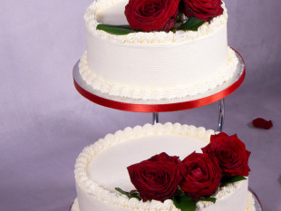 Red Roses 2-tier Wedding Cake 1