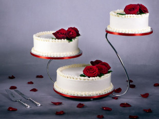 Red Roses Wedding Cakes 1