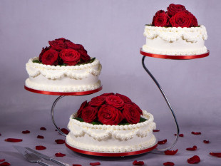 Red Roses Wedding Cakes 2
